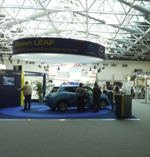 stand  Nissan Leaf au Salon EVER 2011